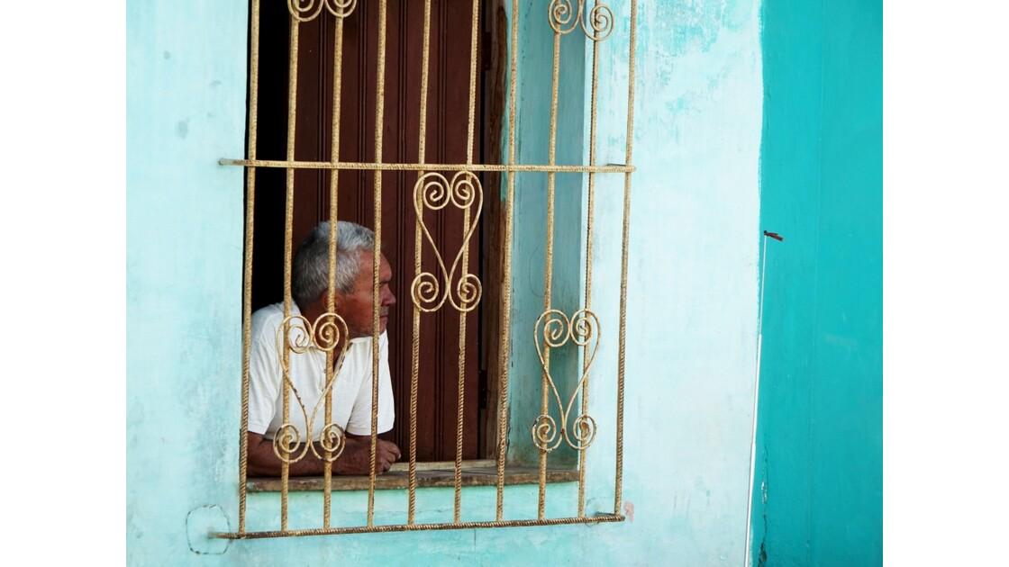 Cuba Trinidad Derrière la grille