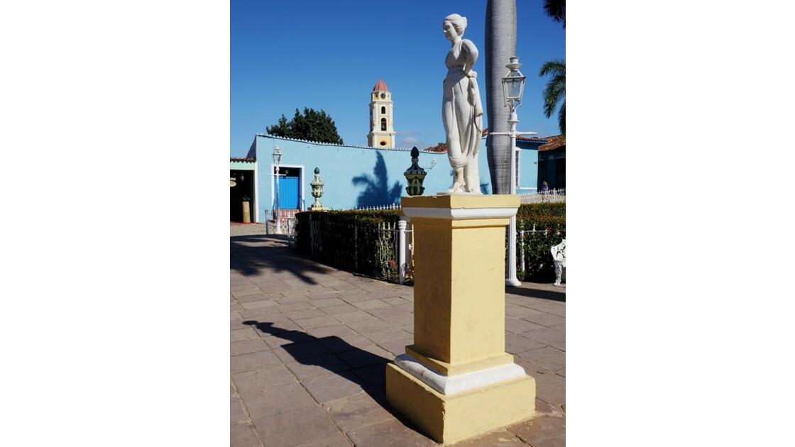 Cuba Trinidad Statue en marbre de la Plaza Mayor 2