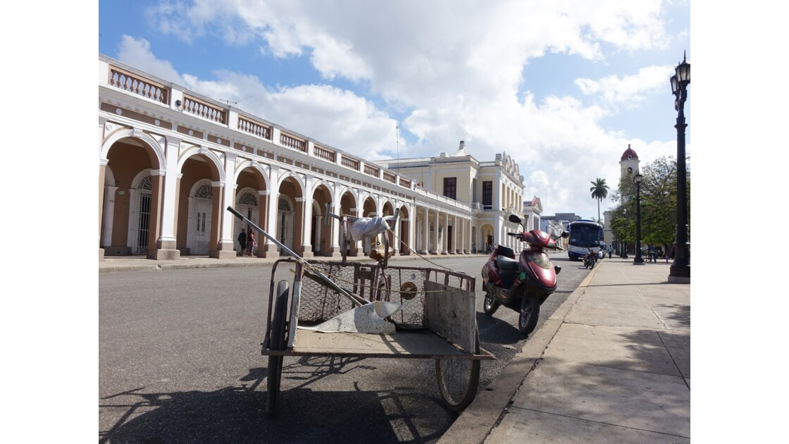 Cuba Cienfuegos Parque José Marti Teatro Tomas Terry 2