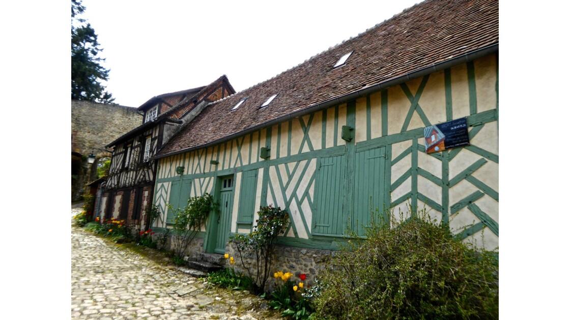 Gerberoy classé parmi les plus beaux villages de France, au coeur de la Picardie
