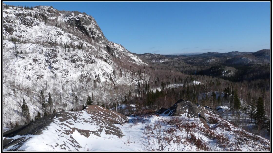 Les monts Valins en hiver