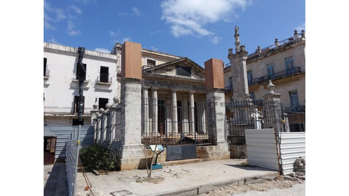 Cuba La Havane Plaza de Armas El Templete 4