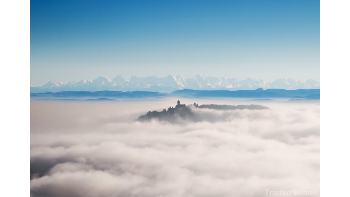 Le Château du Haut-Koenigsbourg et les Alpes Bernoises