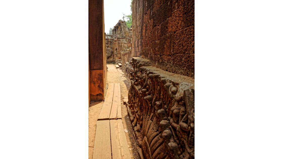 Temple d'Angkor - La terrasse du roi lépreux