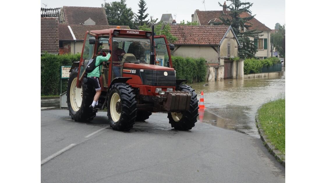 Couilly Pont aux Dames transport de cycliste 2