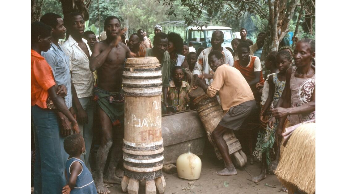 Congo 70 Impfondo fête au vin de palme 10