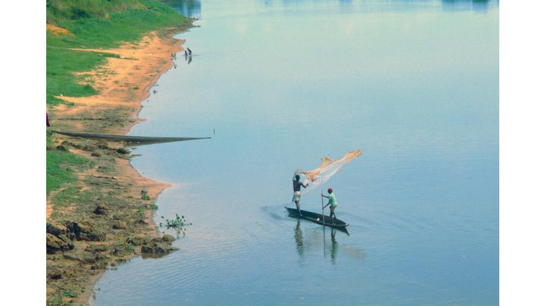 Congo 70 Impfondo pêche à l'épervier 2