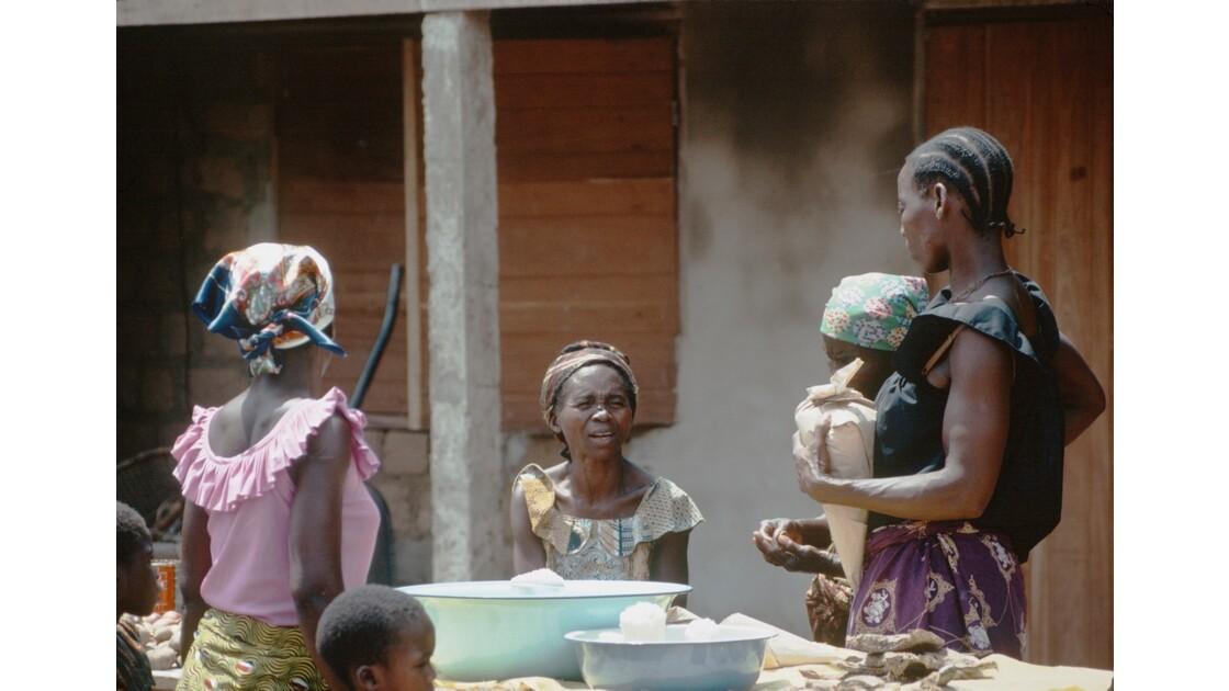 Congo 70 Le marché d'Impfondo 3