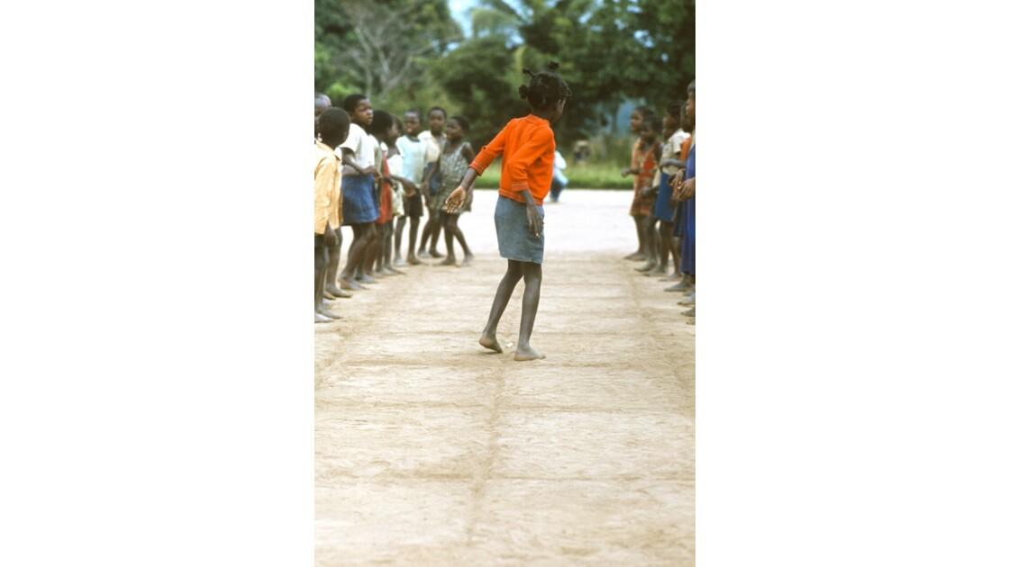 Congo 70  Dongou Sport à l'école 2