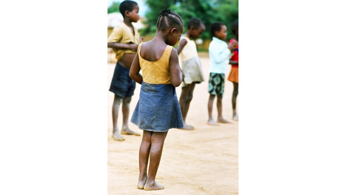 Congo 70  Dongou Sport à l'école 3