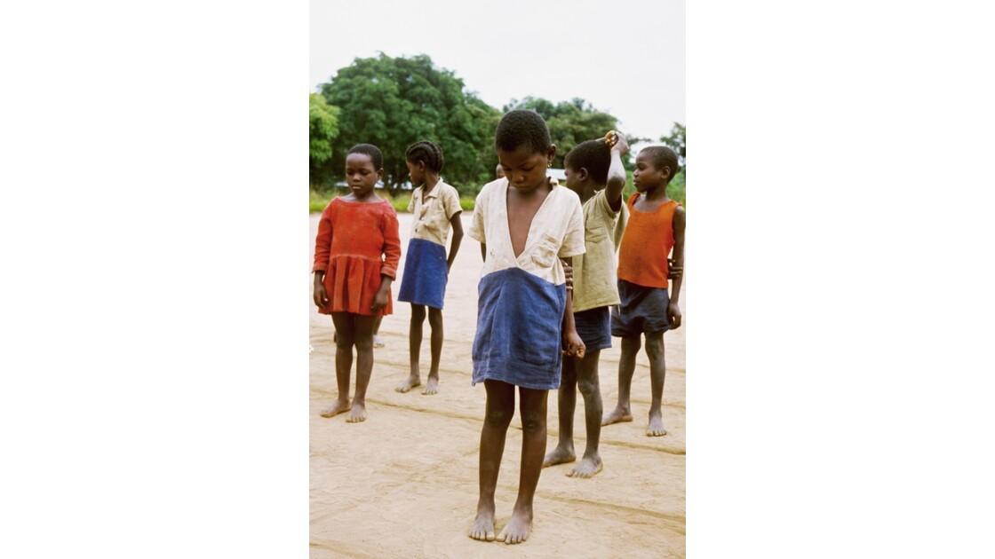 Congo 70  Dongou Sport à l'école 4