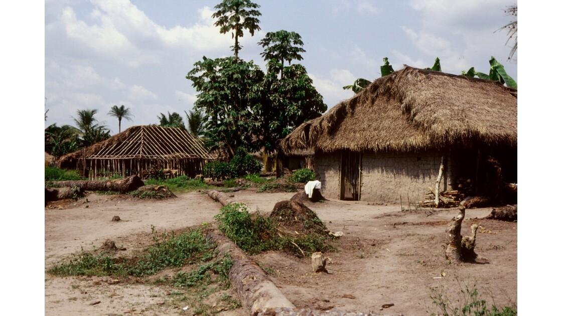 Congo 70 Village près de Dongou 2