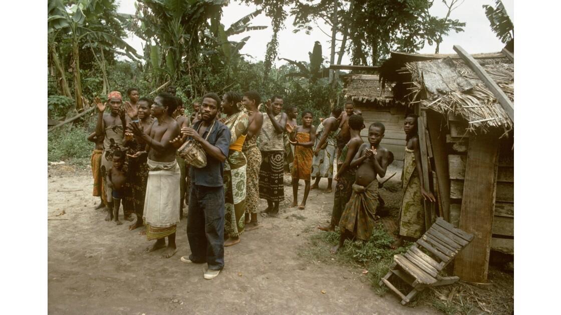 Congo 70 Chants pygmées à MBirou 4