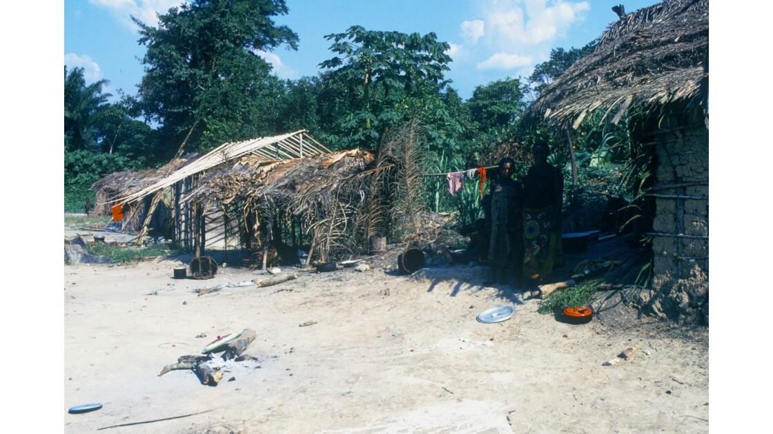 Congo 70 Village pygmée près de Ouesso 3