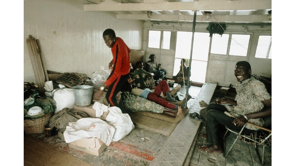 Congo 70 D'Impfondo à Brazzaville Cabine populaire