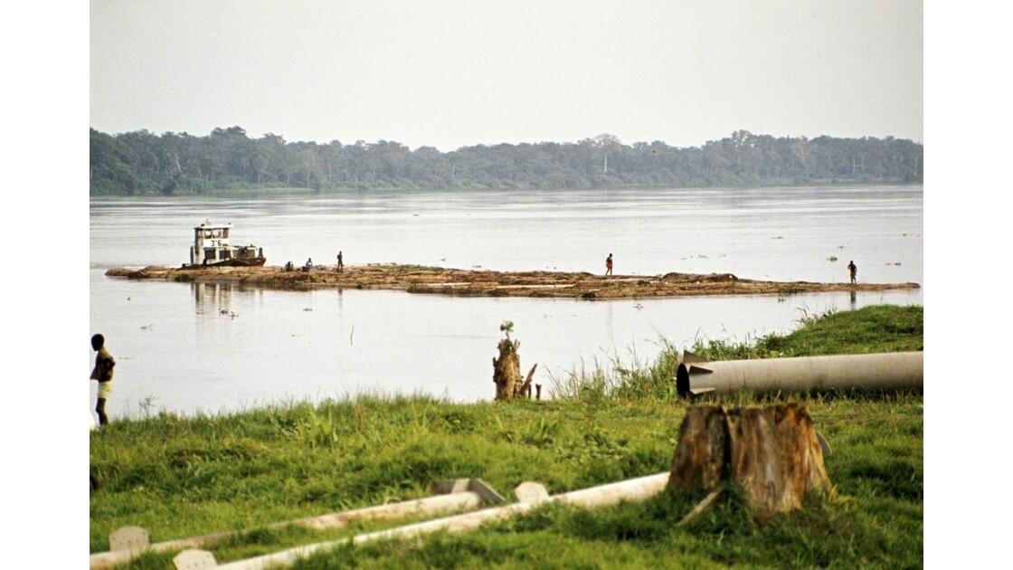 Congo 70 Impfondo Pousseur de billes de bois 3
