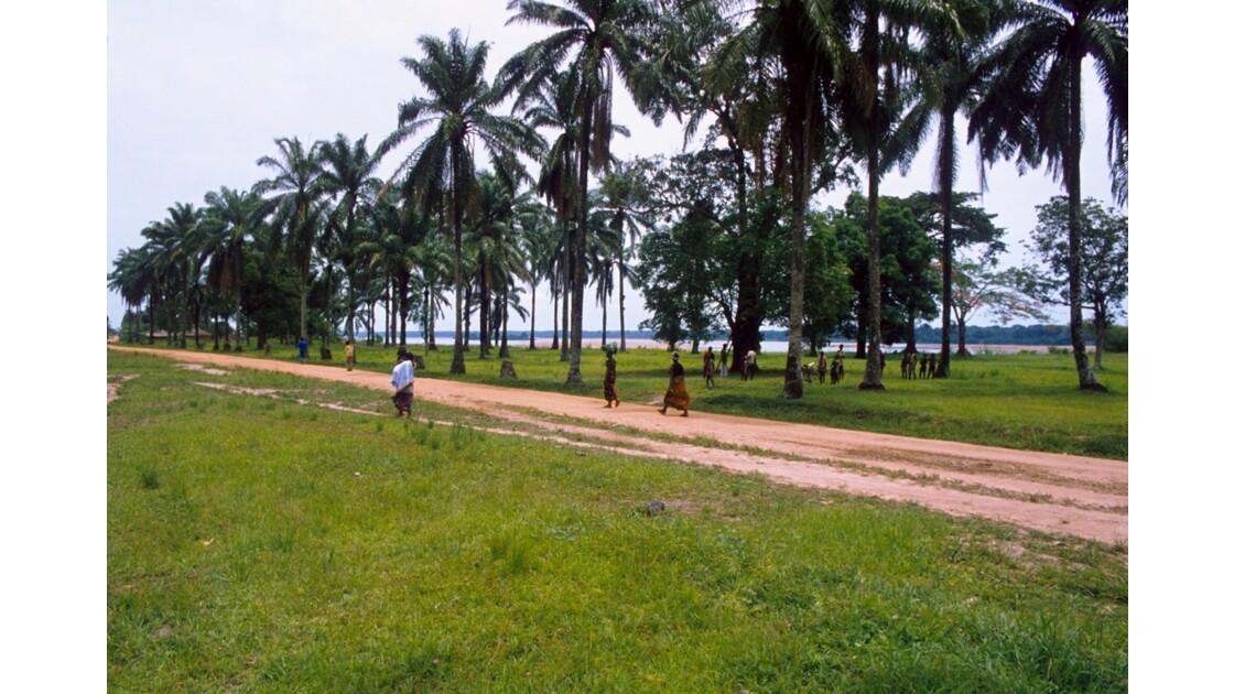 Congo 70 Ouesso Vers le Port 2