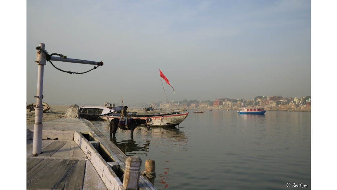 Levé de soleil sur le Gange