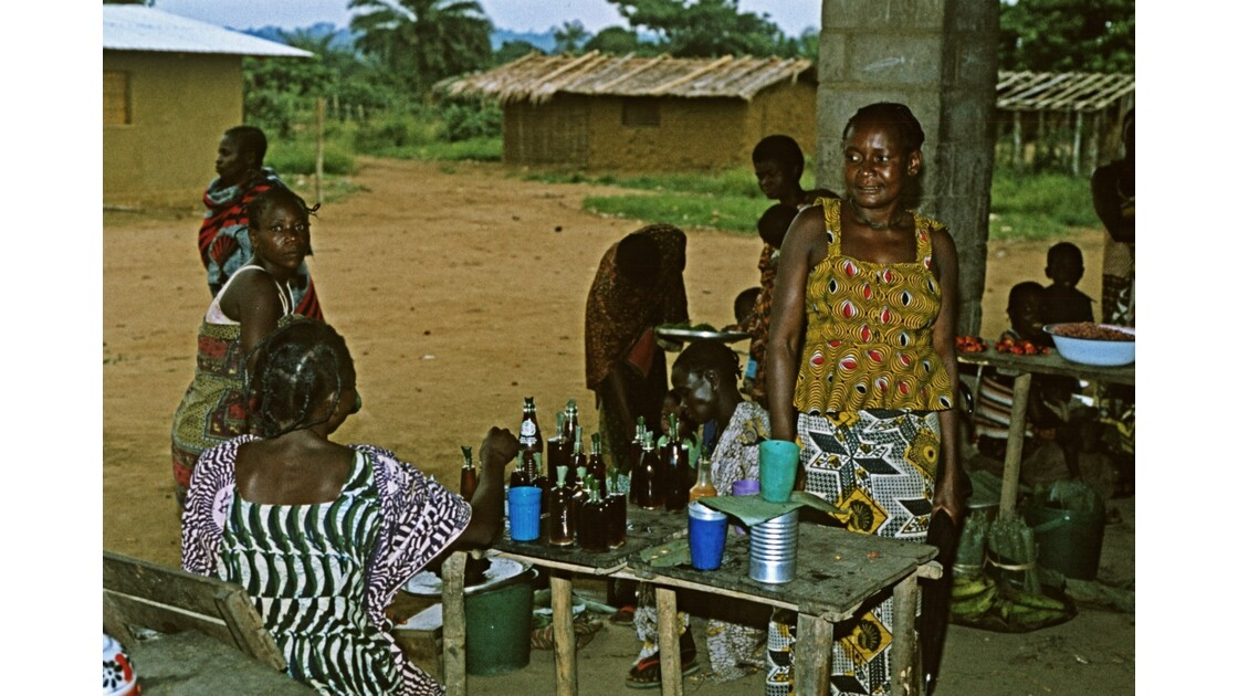 Congo 70 Etoumbi Le marché 3