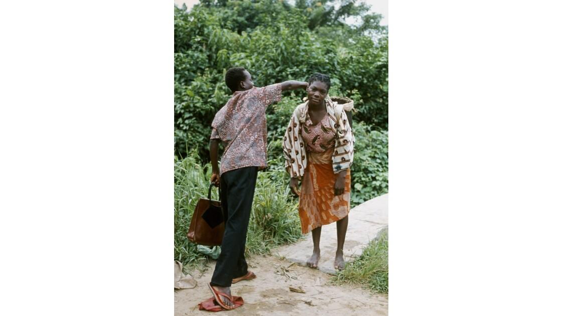 Congo 70 Kellé L'achat de manioc 2