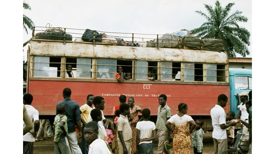 Congo 70 Zanaga Le car pour Sibiti 6