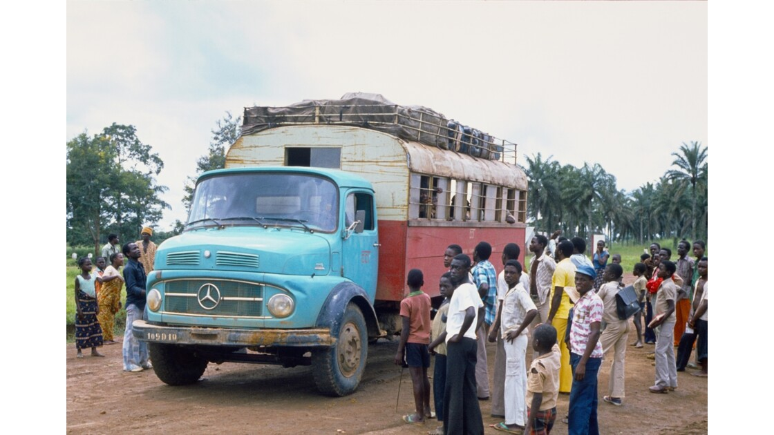 Congo 70 Zanaga Le car pour Sibiti 8