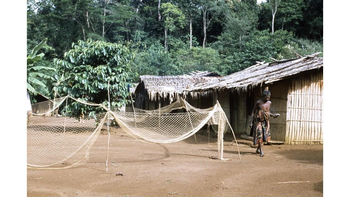 Congo 70 Village entre Zanaga et Misasa 5