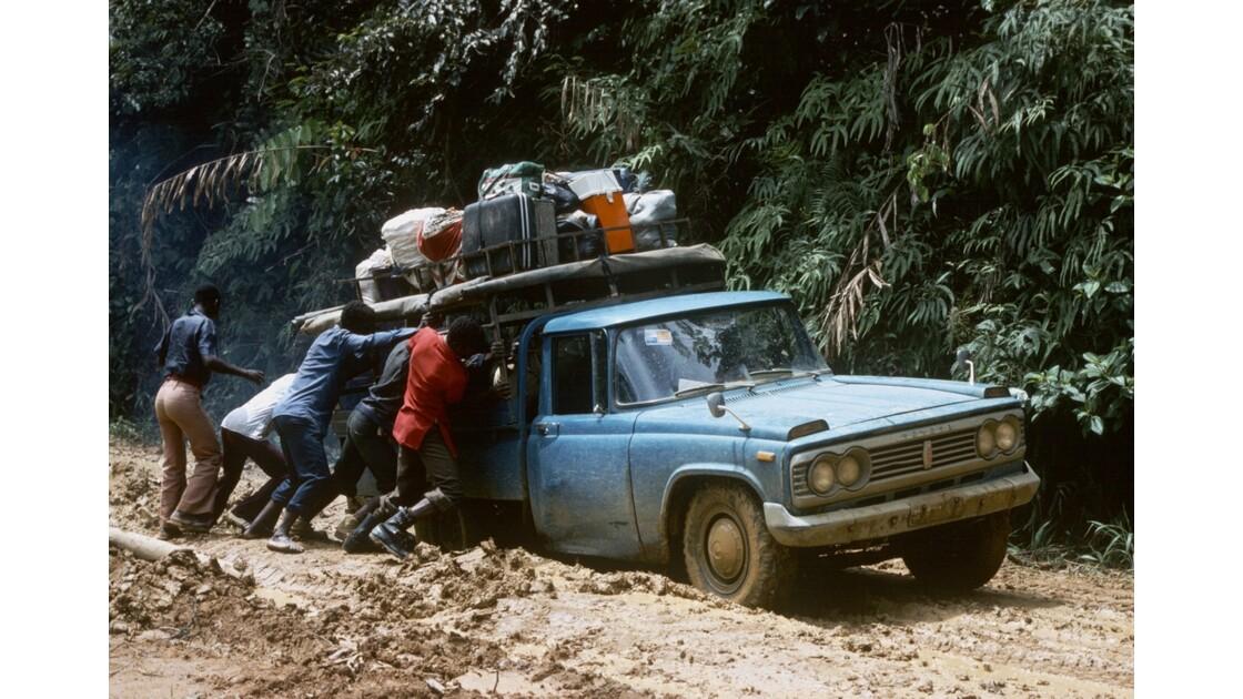 Congo 70 Zanaga - Sibiti A travers la Ndoumou 1