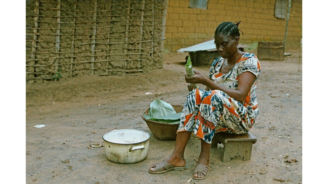Congo 70 Sibiti préparation du manioc 2