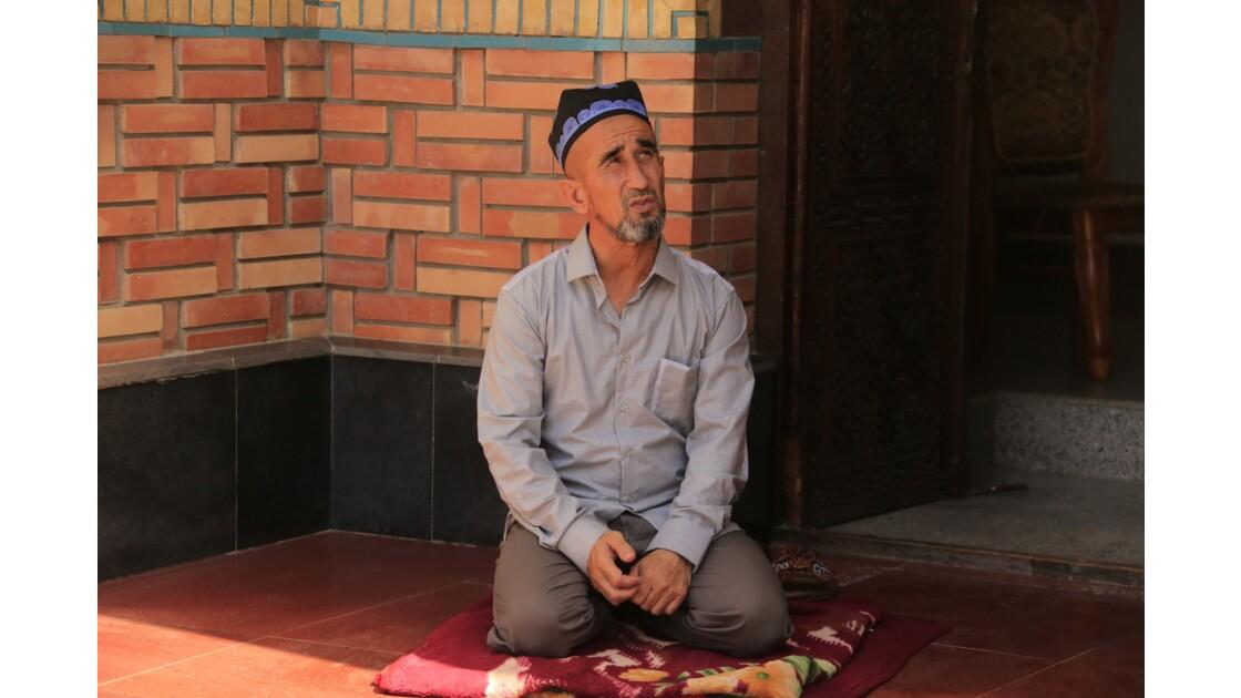 Un Iman