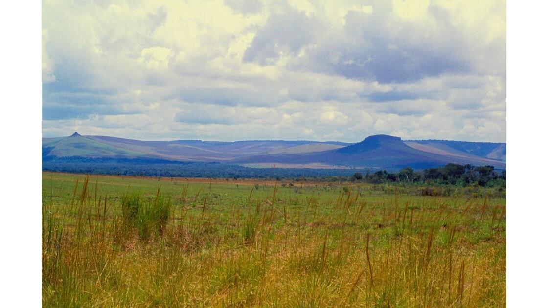 Congo 70  Plateaux Téké Entre Djambala et Lékana 1