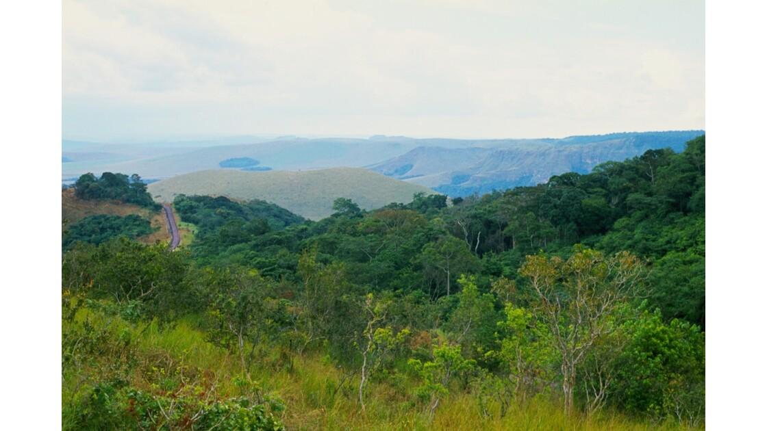 Congo 70  Plateaux Téké la piste Lékana - Kébara 1