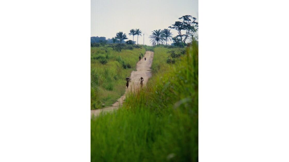 Congo 70  Plateaux Téké la piste Lékana - Kébara 4