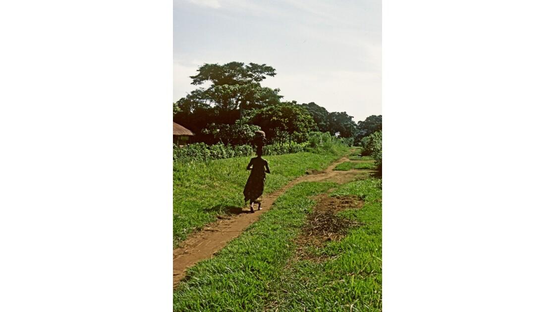 Congo 70  Plateaux Téké la piste Lékana - Kébara 6