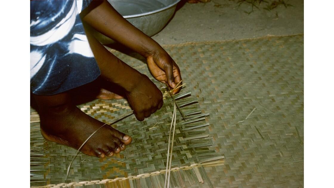 Congo 70  Plateaux Téké tissage de natte 1