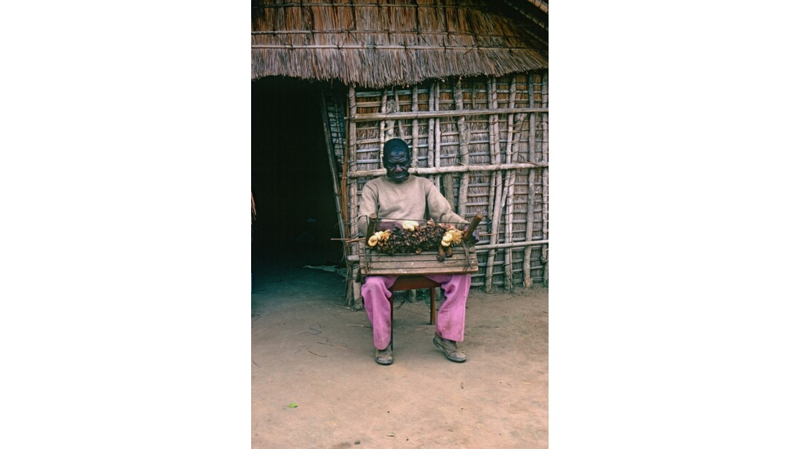Congo 70  Le tisserand de Lékana 2