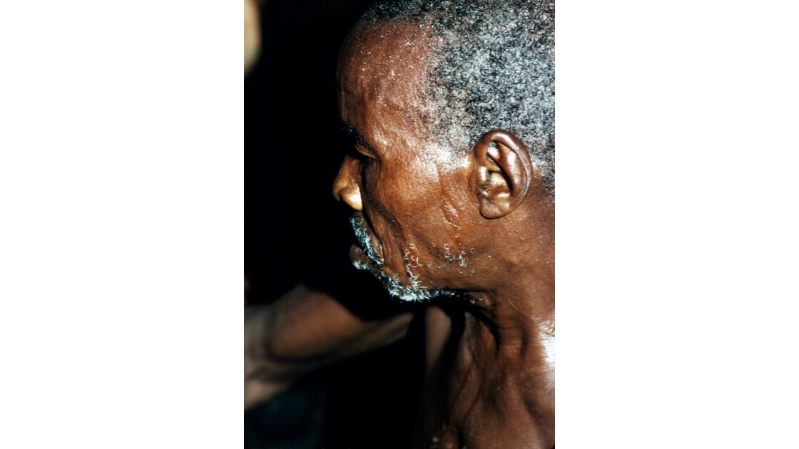 Congo 70 Villageois entre Djambala et Lékana 5