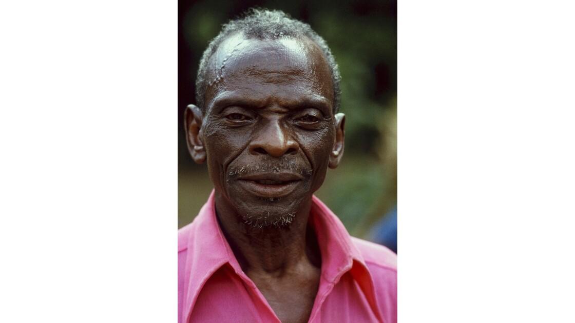 Congo 70 Villageois entre Djambala et Lékana 6