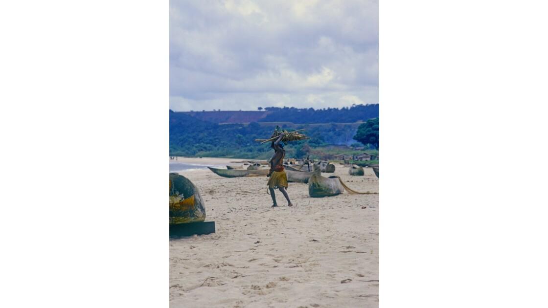 Congo 70 Baie de Loango le village des pêcheurs 2