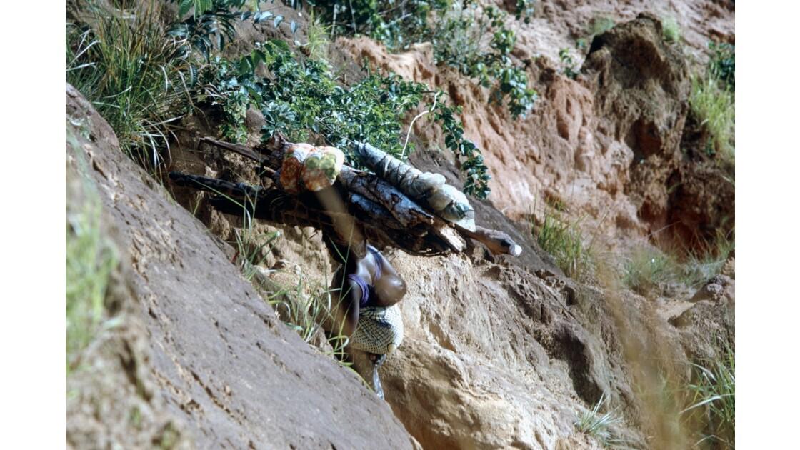 Congo 70 Diosso Remontée des gorges 2