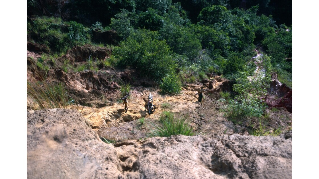 Congo 70 Diosso Remontée des gorges 4