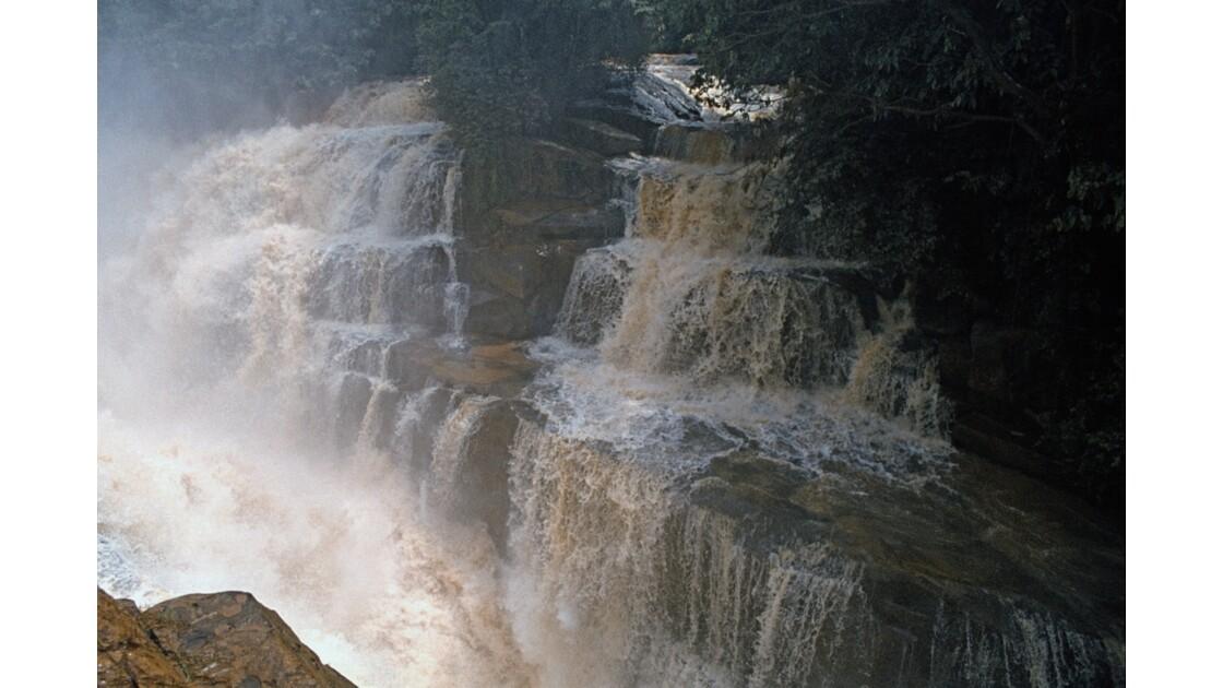 Congo 70 Les chutes de la Foulakari 1