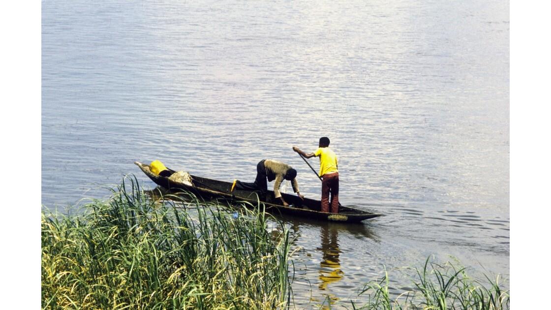 Congo 70 Pirogue sur le Pool 4