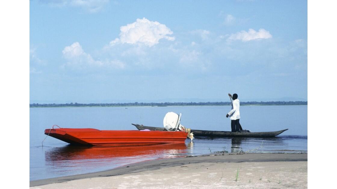 Congo 70 Pirogue sur le Pool 1