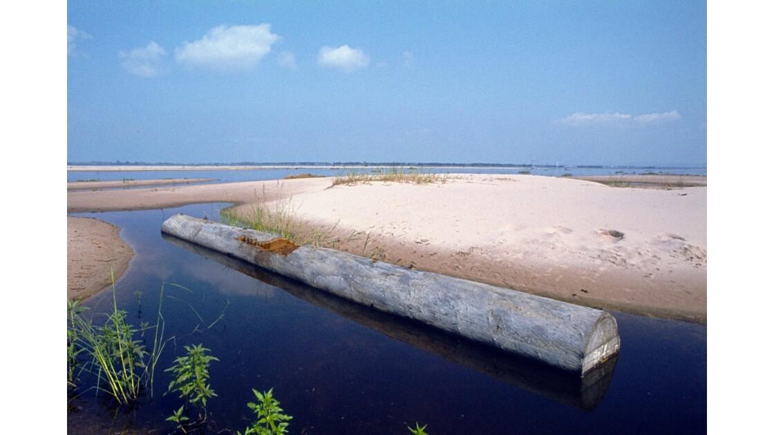 Congo 70 Pool Fabrication d'une pirogue 1