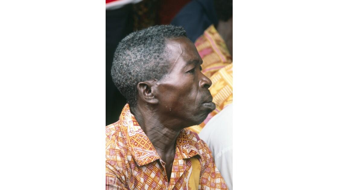Congo 70 Brazzaville un Lari de Bacongo