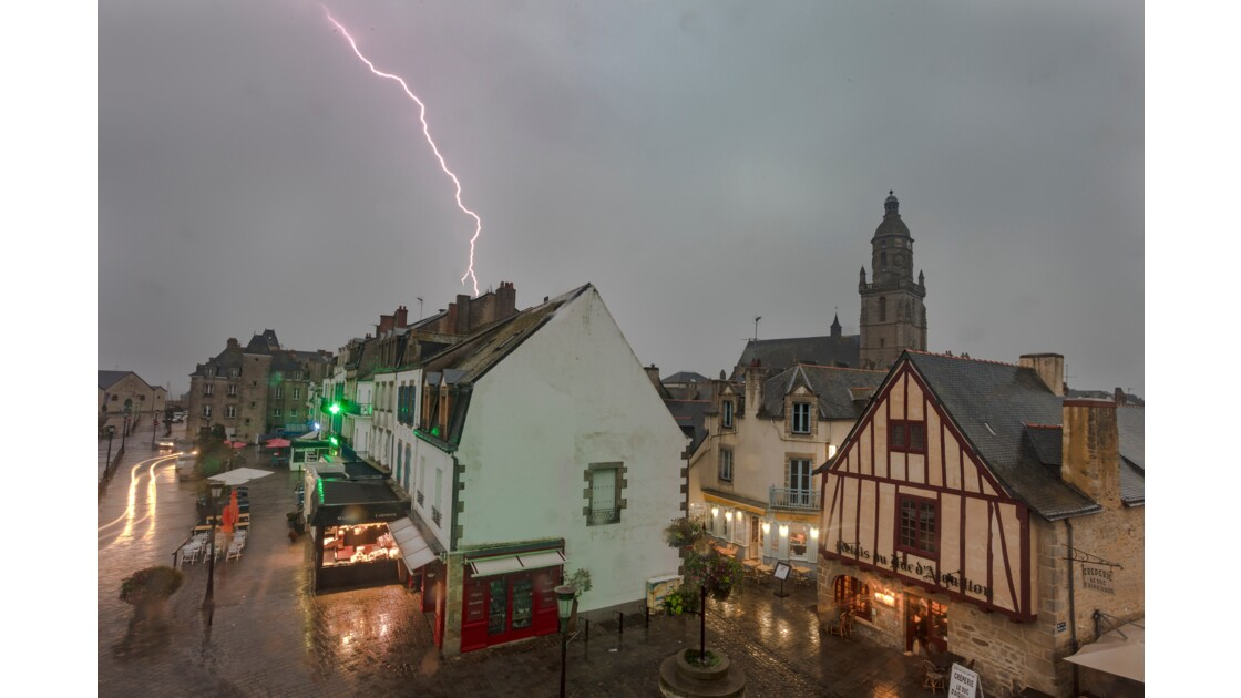 Light storm into the Le Croisic 2