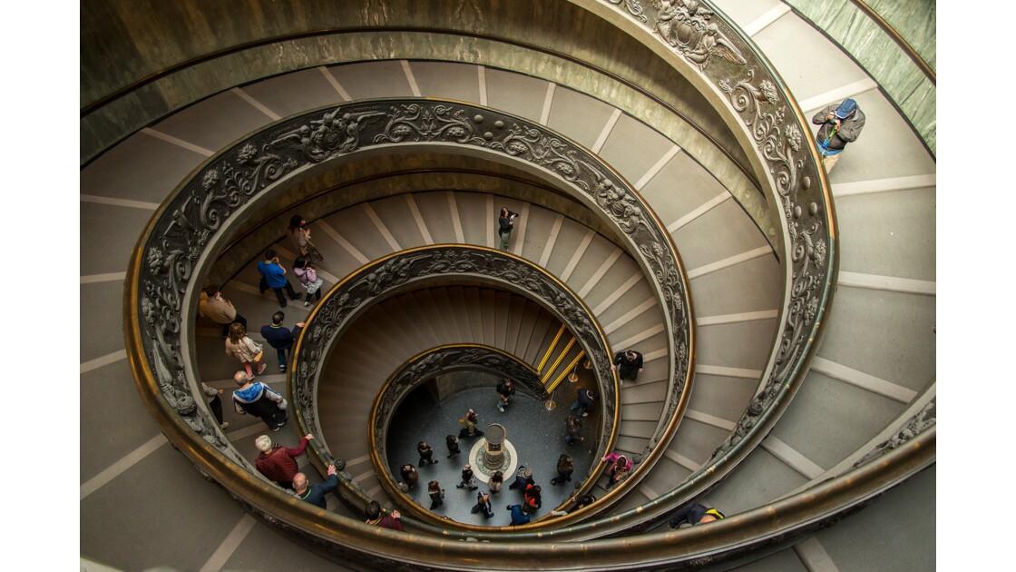 Rome, escalier de Bramante - Musée du Vatican