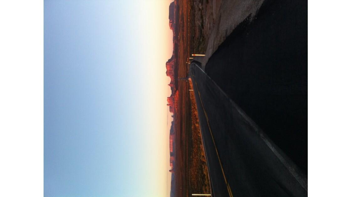 Coucher de soleil à monument valley