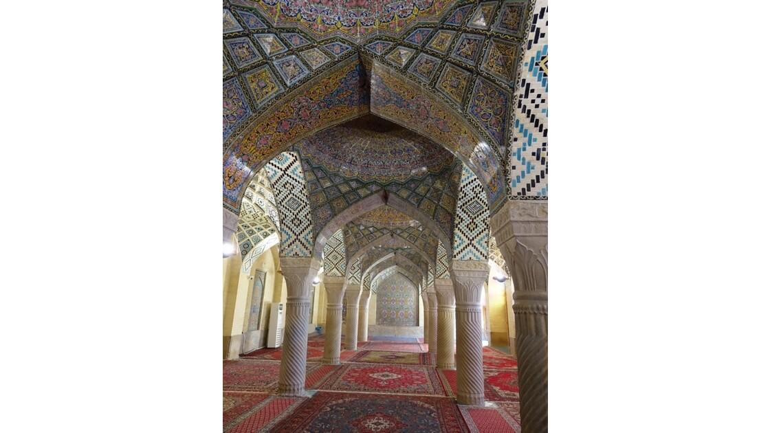 Iran Shiraz la mosquée Nasir-ol-Molk le Shabestan 1